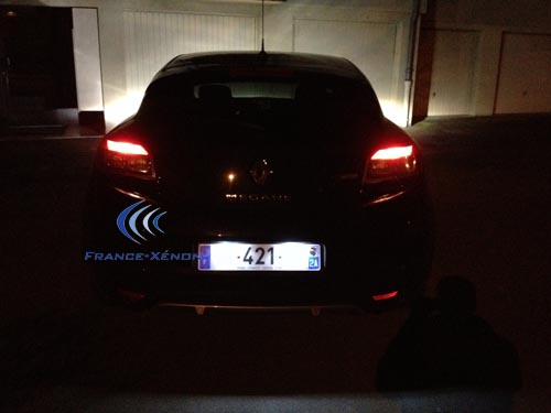 ampoule led plaque renault megane 3